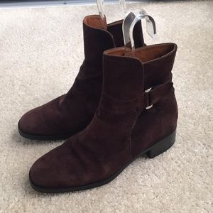 Tod's size 8 brown suede boots